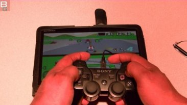 PS3 Controller on Motorola Xoom Android Super Mario Kart SNES Booya Gadget