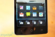 Acer-Liquid-S1-phablette-boutons-bas