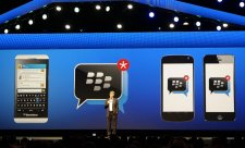 blackberry-keynote- BKPADVwCAAA4zk6