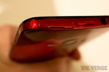htc-j-butterfly-the-verge- (20)