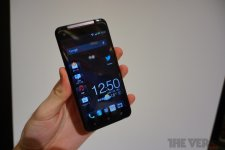 htc-j-butterfly-the-verge- (4)
