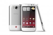 htc-sensation-xl-press-shot