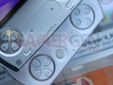 Images-Screenshots-Captures-Photos-Xperia-Play-PlayStation-Phone-500x375-07012011-06.