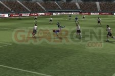 Images-Screenshots-Captures-Pro-Evolution-Soccer-2011-PES-320x480-10022011-03