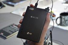 mwc-2012-barcelone-prise-en-main-test-hands-on-lg-4g-lte-optimus-vu__06