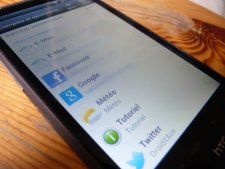 ROM Custom, Android 4.0, Ice Cream Sandwich, Sense 4.0, HTC, HTC Desire HD, Primos-S Réseau-sociaux_Sense-4