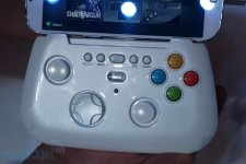 Samsung Galaxy S IV prototype manette images screenshots  02