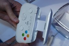 Samsung Galaxy S IV prototype manette images screenshots  07