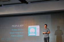 samsung-galaxy-nexus-presentation-people