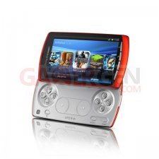 Sony Ericsson Xperia Play - Coloris orange PIC1